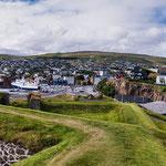 Färöer lebt extrem stark vom Meer - entsprechend groß sind die Häfen...