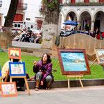 Der zocalo wird sonntags auch als Galerie genutzt