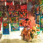 ....das Volk der Kuna verkauft hier ihre Kunstwerke....