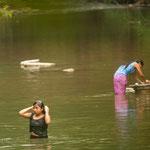 Die Mayas waschen sich und alles andere ausschließlich in den Flüssen....