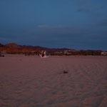 ......der Strand hat die Himmelsfarbe für ein kurze Zeit angenommen.....