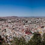 Zaacatecas eingerahmt von Bergen