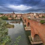 ...die unglaubliche Backsteinbrücke - sieht aus wie vielleicht 100 Jahre, nicht 1000 Jahre...