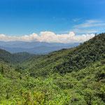 ....mit Blick über die tolle Landschaft Richtung Süden....