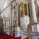 und auch hier viele Heiligenaltäre (vielleicht angelehnt an die indigene Religion