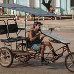 ....immer noch ein beliebtes Taxi in Kubas Städten.....