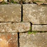 ....auch einzigartig bei den Mayas - es wurde hier kein Mörtel verwendet....