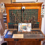 ...diese Telefonzentrale wurde bis ins Jahr 2000 benutzt...