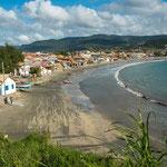 ...bei Ebbe kann man viele Kilometer auf festen Sand laufen...
