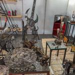 ...Kunst mit Metallschrott - eine tolle Idee...