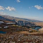 ....im September noch Schneefelder und viele kleine Bergseen....
