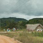 ....so sehen die Maya - Häuser in Belize aus....
