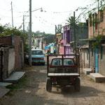 Fahrt durchs Dorf San JuanTararameo