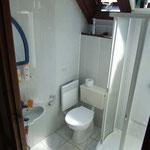 Dusch mit WC auf Halbetage
