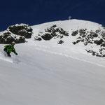 Ein Blick zurück, mit unser Aufstieges Variante zum Gipfelkreuz