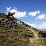 Abfahrt über genialem Trail bis Glurns