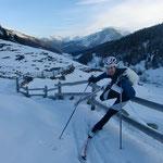 Im Tal wenig Schnee, aber dafür Hindernisse