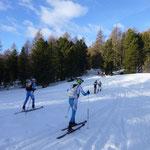 Nach ca. 500 Metern ohne Schnee, ging es auch heute wieder über einen Waldweg hoch