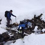 wenngleich noch einige Hindernisse überwunden werden mussten, wo wenig Schnee war