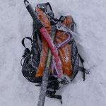 Bergtol – der Neuschnee welcher in Null Komma nix am Rucksack angelegt war