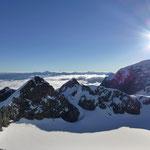 Was für ein Panorama, vor uns der Tucket, unser heutiger Übergang, dann der Trafoierpass mit dem Minotta Biwak, der hintere Madatsch und Ortler