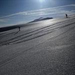 und weiter ging es…..zuerst bei auffirnendem Schnee….jipiiii