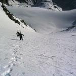 In der Rinne nach einigen Höhenmetern……