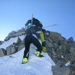"""Die """"Portage"""" vom Gipfel in alter Klettermanier zurück"""