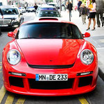 von Tom Hipster from Miami Beach, Germany (RUF CTR3) [CC BY-SA 2.0], via Wikimedia Commons | http://commons.wikimedia.org/wiki/File%3ARUF_CTR3_-_Flickr_-_Tom_Wolf_-_Automotive_Photography.jpg