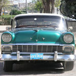von Brian Snelson from Hockley, Essex, England (Old US car in Havana) [CC BY 2.0], via Wikimedia Commons | http://commons.wikimedia.org/wiki/File%3AOld_US_car_in_Havana_-_Flickr_-_exfordy_(7).jpg