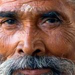© Jorge Royan/http://www.royan.com.ar, via Wikimedia Commons | http://commons.wikimedia.org/wiki/File%3AIndia_-_Delhi_portrait_of_a_man_-_4780.jpg