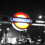 von McKay Savage from London, UK (The underground) [CC BY 2.0], via Wikimedia Commons | http://commons.wikimedia.org/wiki/File%3AThe_underground_(6465399601).jpg