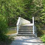 Die Luftbrücke über der Weißen Elster wurde vom Hochwasser beschädigt.