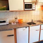 Vollausgestattete Küche - - Haus Löger Apartments - Windischgarsten