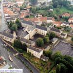 Collège International.      Photo Présence du Passé