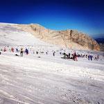 Embouteillage sur le glacier