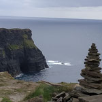 Cairn de KERNH irlandais. merci à A2Y