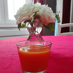 JUS CAROTTE/ORANGE/POMME/GINGEMBRE/CURCUMA
