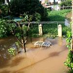 2008 – Hochwasser in Hanoi – nach mehreren Tagen Dauerregen - schwerste Naturkatastrophe in der Geschichte der Stadt