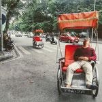 Die Hanoier Altstadt entdecken - . . . mit dem Cyclo auf eine mehrstündige Altstadt-Tour gehen,