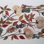 Hojas otoñales, rosas blancas y rosas, astilbe. Apaisado 70x40cm.