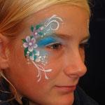 """Kinderschminken von den Facepainters für die SKN auf der Messe """"Fleisch & Knolle"""""""