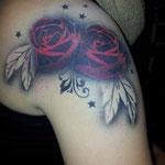 Airbrsuh Tattoo Rosen von den Facepainters im Einrichtungszentrum Konken in Leer
