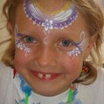 Kindrschminken von den Facepainters beim Schulfest in Petkum