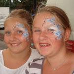 Kinderschminken von den Facepainters auf dem Sstraßenfest Moordorf
