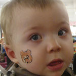 Kinderschminkene von den Faceapinters im Multi Emden