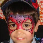 Kinderschminken als Spiderman von den Facepainters aus Hinte bei Emden