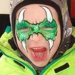 Kinderschmiken als Dino von den Facepainters für die Fresena Apotheke in Hinte