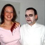 Facepainting zu Halloween von den Facepainters in Emden Aurich Norden Hinte Leer Krummhörn von den Facepainters für die Pappnasenparty in der Kulisse