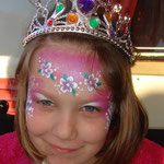 Kinderschminken als Prinzessin von den Facepainters in Greetsiel